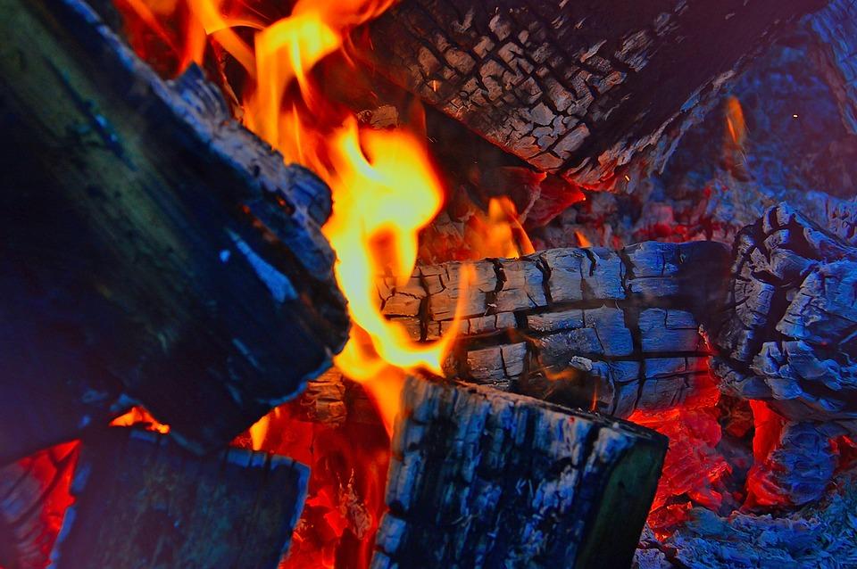 fire-2915539_960_720
