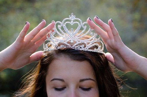 queen-2941437__340